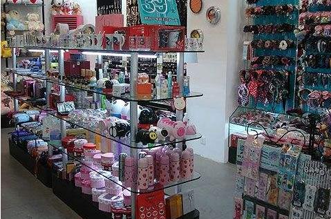 开一家小商品批发店卖些什么好呢?
